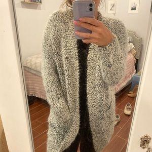 Fuzzy & cozy sweater with pockets!!
